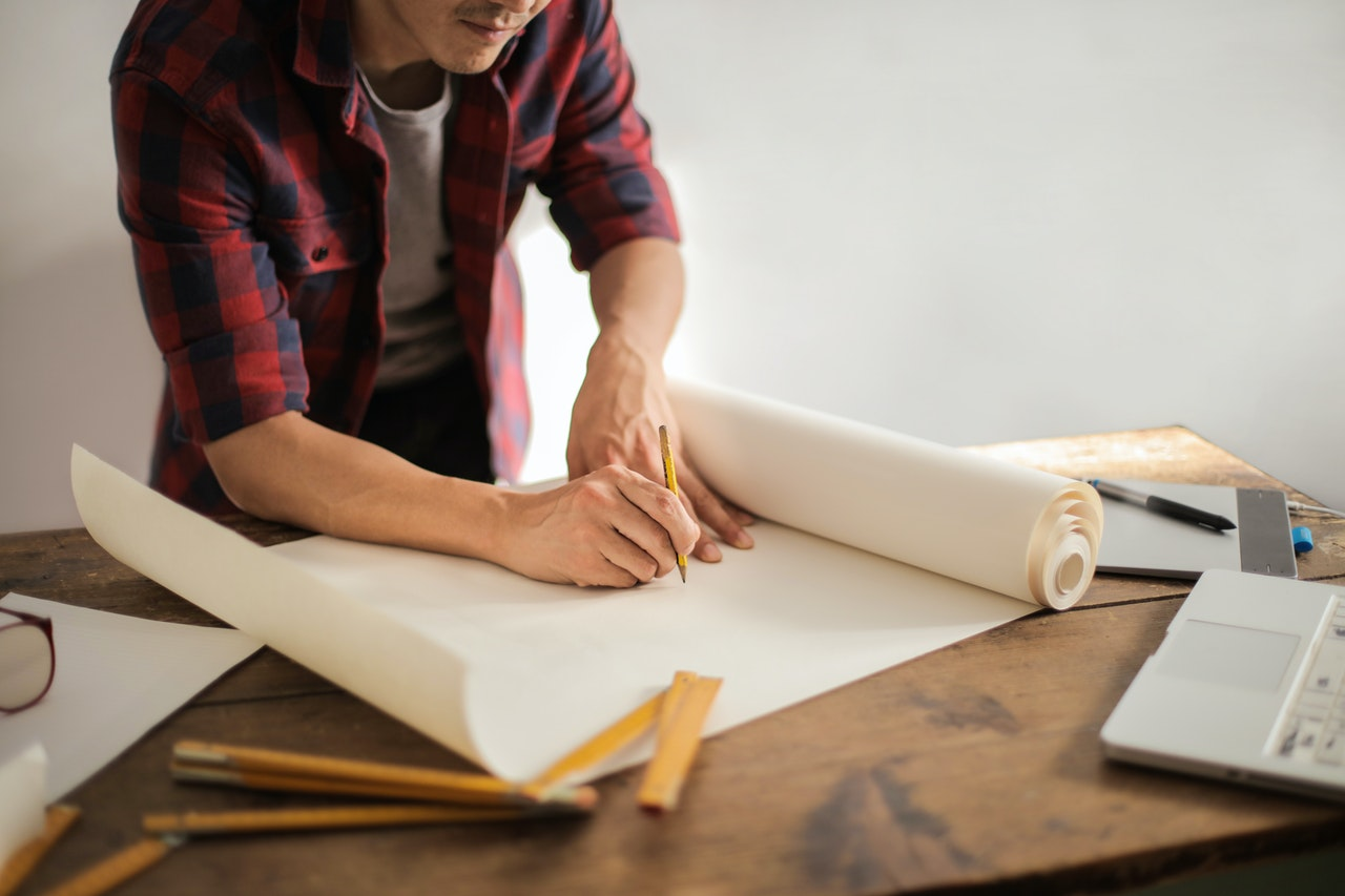 Drawing up a unique first business plan