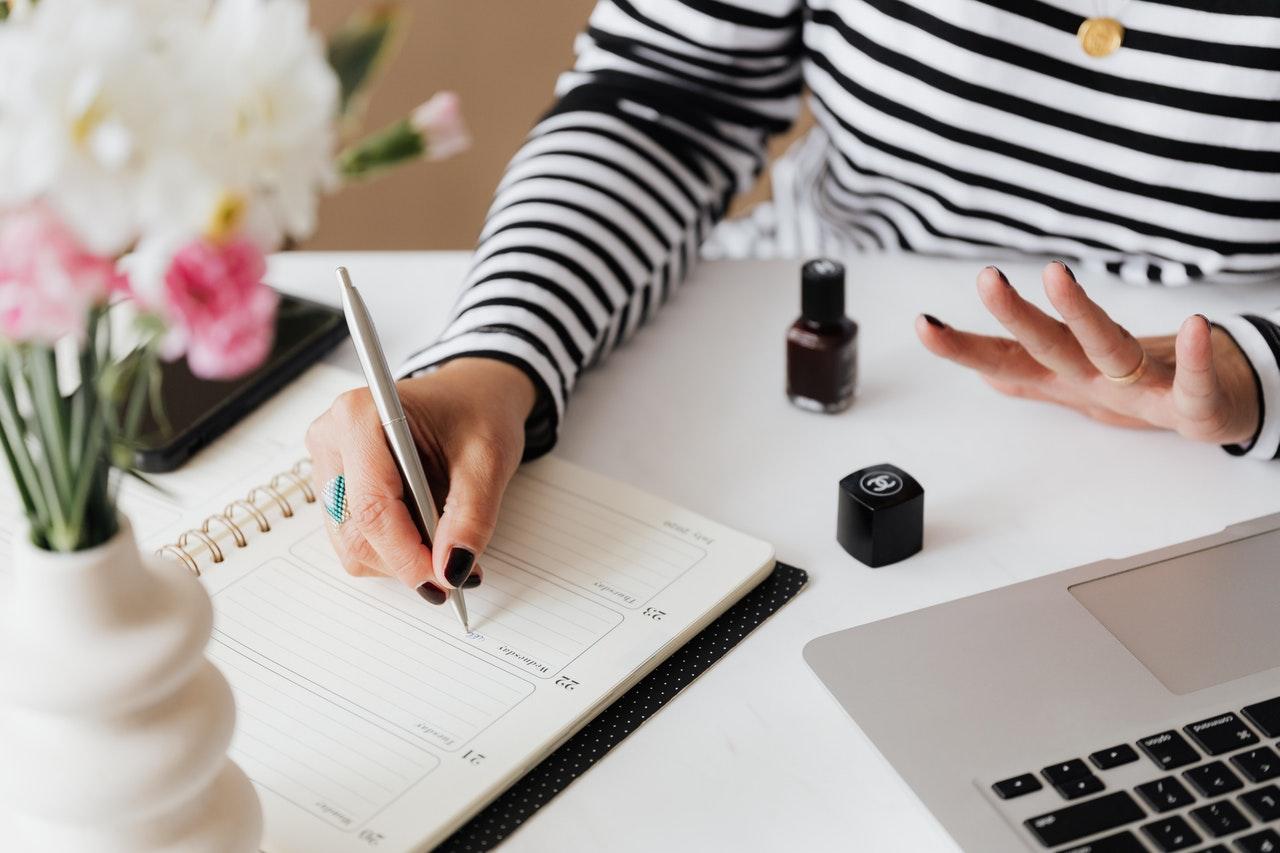 Woman planning for Six Sigma Scenarios