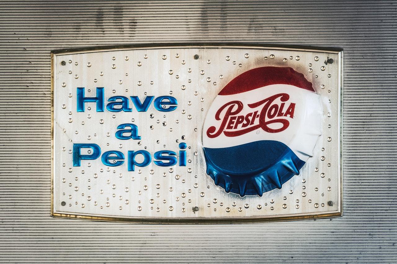 Showing Pepsi logo