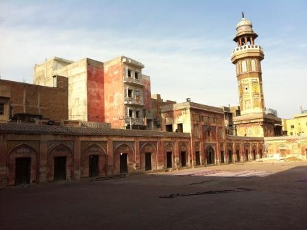 Wazir Khan Mosque side view