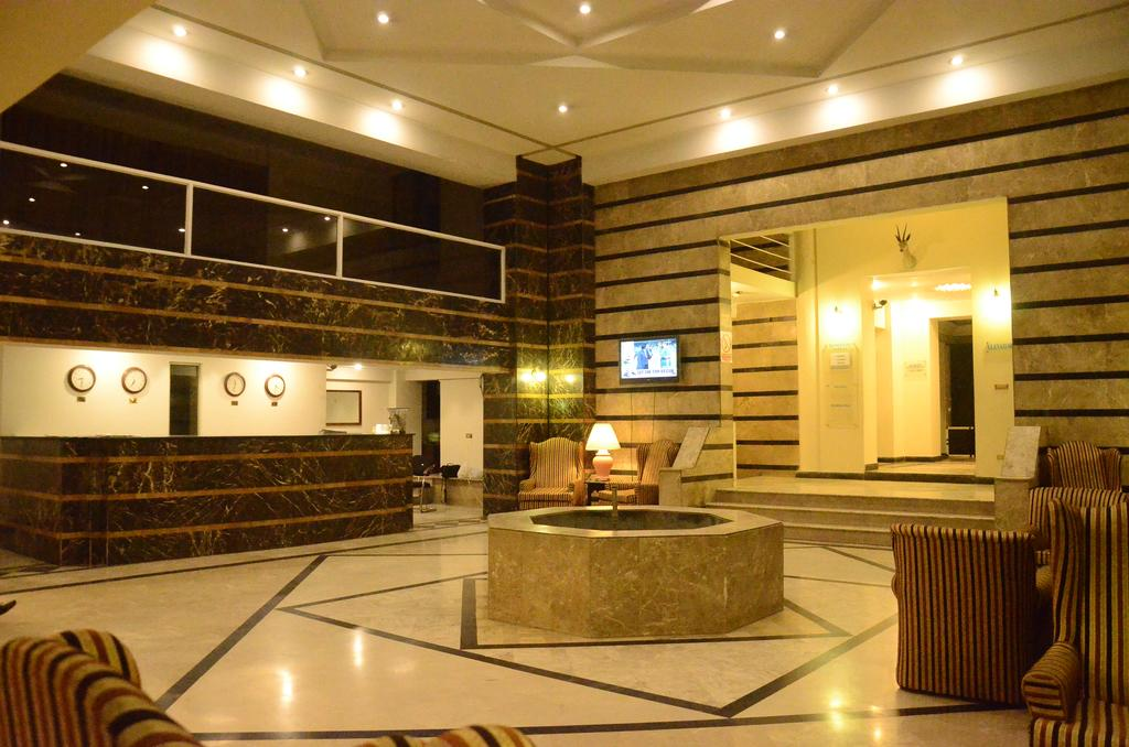 Carlton Tower Hotel Lahore Reception